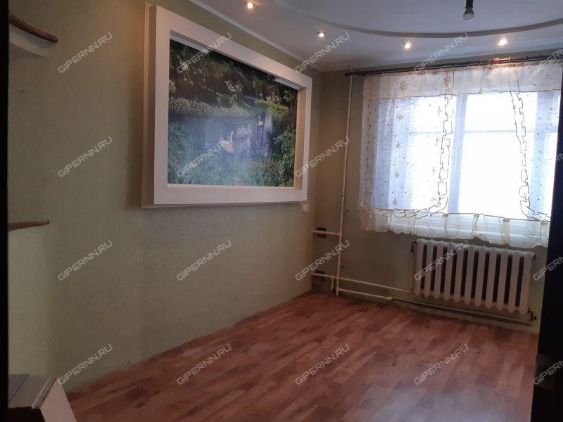комната в доме 2 на Юбилейном бульваре