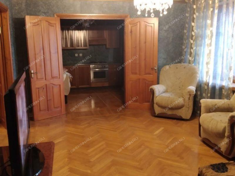 двухкомнатная квартира на улице Ошарская дом 88 к1