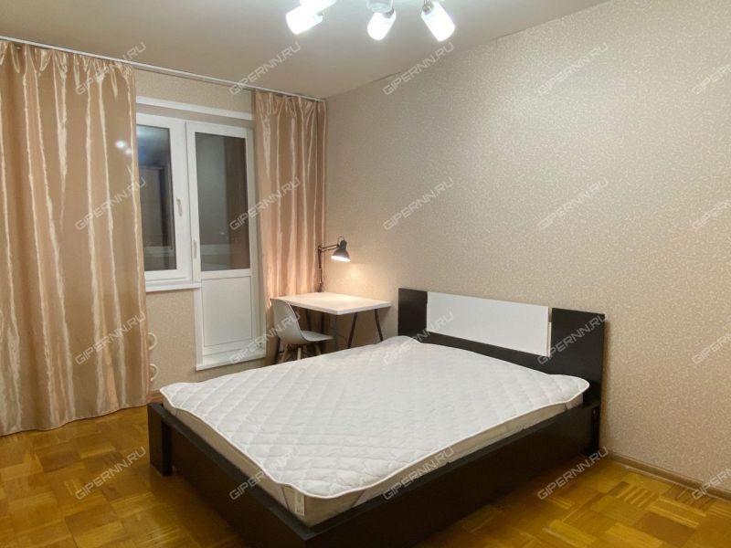 комната в доме 11 к1 на улице Июльских Дней