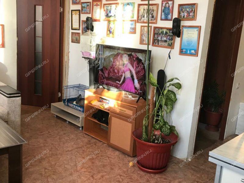 трёхкомнатная квартира на улице 7-я Озёрная дом 4