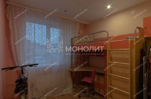 2-komnatnaya-ul--narodnaya-d--54 фото